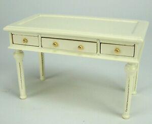 Miniatur Schreibtisch, Arbeitstisch aus Holz, creme. Für 1:12 Puppenstuben