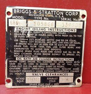 VINTAGE BRIGGS & STRATTON OIL BATH ENGINE ID INFORMATION BADGE NAME PLATE EMBLEM