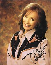 Loretta Lynn signed 8x10 photo *COUNTRY MUSIC LEGEND!*