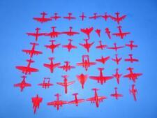 LOT OF 40 VINTAGE CEREAL PREMIUM PLASTIC AIRPLANES. NOS!