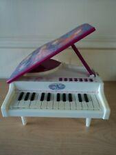 Vintage Disney Princess Mini Grand Piano Keyboard Electronic Toy White HTF VGUC!