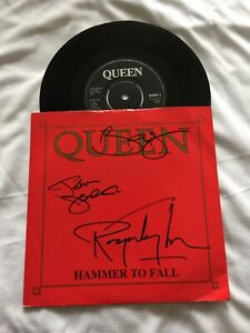 John Deacon, Brian May & Roger Taylor Authentic Signed 7 Inch Queen Vinyl 1