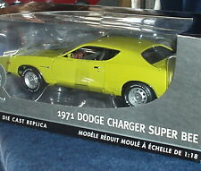 "ERTL  ""AUTHENTICS"" 1971 DODGE CHARGER SUPERBEE YELLOW 1/18 NIB"
