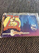 Wdw Disney Pin Visa Cards Members 75 Rewards Are Magic #30a