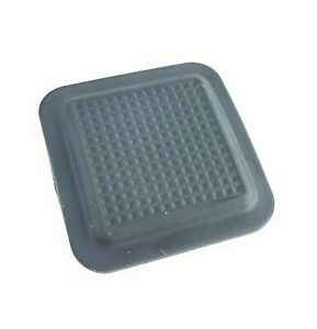 Land Rover LR3 LR4 Rear Lower Tail Gate Release Rubber Button Cover BYA500011