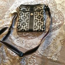 Women's Coach Swing Pack Pocketbook NWT