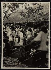 Bali- indonesia-Indonesien-Frau-Girl-City-Tempel-Kreuzer Emden-Reise-Marine-7