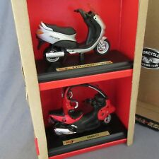 754E Maisto 1:18 Peugeot Elysee BMW C1 Scooter