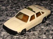 █► Audi 100 Avant gelbelfenbein Taxi mit Bügel herpa #4000 1:87