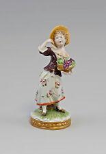 Porzellan-Figur Rokoko Händlerin mit Weintrauben Korb Unterweißbach 99840084