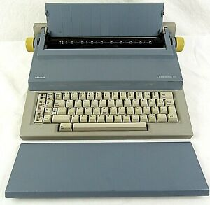 Olivetti ET Personal 55 Electric Typewriter Blue Grey 220 Volt EUROPEAN Plug