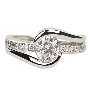 2.00 Carat D/VVS1 Round Cut Solitaire Anniversary Ring In 14KT Finest White Gold