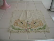 Pretty Vintage Embroidered Doily Scarf With Poppy Flowers & Crochet Edge