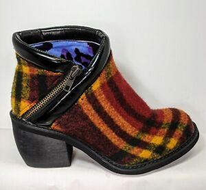 Irregular choice Eggie Soldiers Plaid flannel boot EU 40 US 10  Minimal Wear