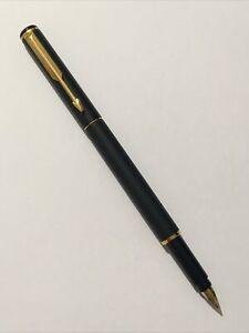 1999 PARKER RIALTO EPOXY MATT BLACK GOLD TRIM MEDIUM NIB FOUNTAIN PEN-UK.