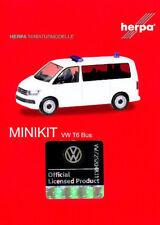 HERPA MiniKit 1:87 PKW Mannschaftswagen VW T6 Bus, weiß Bausatz 012904 NEU
