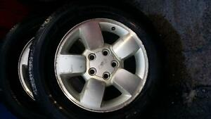 Jeep GRAND CHEROKEE 01 Set 4 Alloys with tyres 1 needs replacing 235/65/R17