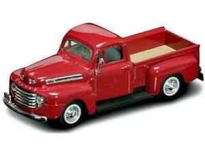 Road Signature 94243 1:43 1948 Ford F-1 Pickup Truck