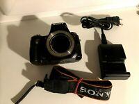 Sony Alpha A33 10.2MP Digital-SLR DSLR Camera Body