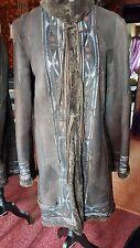 Manteau en peau lainée, style indien avec franges, NAF NAF T36