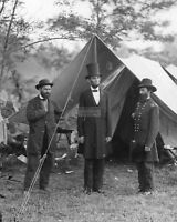 PRESIDENT ABRAHAM LINCOLN MEETS WITH GENERAL McCLERNAND - 8X10 PHOTO (AA-033)