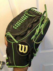 "Wilson A500 11.5"" Black/Green Fielding Glove Right Hand Throw Softball Fastpitch"