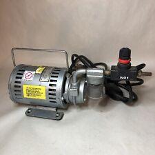 Gast 1531 321 G557x Rotary Vane Vacuum Pump Tested Works
