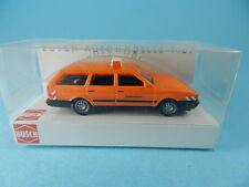 BUSCH 48102 VW PASSAT VARIANT STRASSENMEISTEREI 1:87