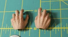 Hot Toys MMS484 1/6 Doctor Strange Pair of Left and Right Grasping Hand Set