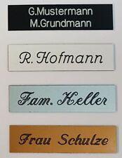 Namensschilder aus Kunststoff