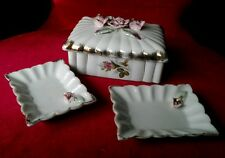 MID CENTURY PORCELAIN LADIES CIGARETTE HOLDER WITH 2 ASHTRAYS MADE IN JAPAN
