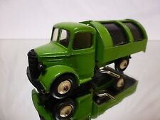 DINKY TOYS 252B BEDFORD GARBAGE TRUCK - EXTREMELY RARE COLOR - NEAR MINT