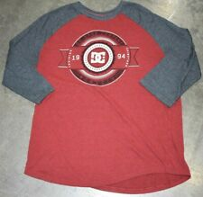 DC SHOES BASEBALL TEE MEN'S T-SHIRT Red and Gray Size L