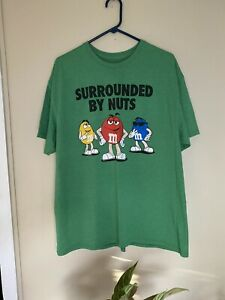 "Men's M&M's ""Surrounded By Nuts"" Green Graphic T-Shirt Size XL Good Condition"