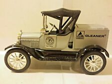 Ertl Ford 1918 Runabout Argo Cleaners Bank 1:25 Scale Die Cast