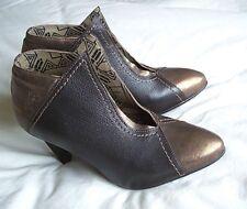 "Fly London Designer Brown & Bronze Leather Shoe Boots Size 4.5, Eu 37, 3"" Heels"