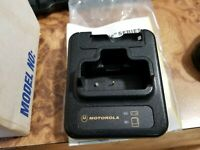 Motorola NLN3305C NLN3474C Pager Charger New in box with power adapter