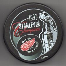 BCW NHL Hockey Puck Square Holder with Snap On Lid - Black