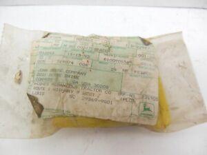 NOS JOHN DEERE COMBINE PLATFORM BELL CRANK  PIVOT PIN H33462