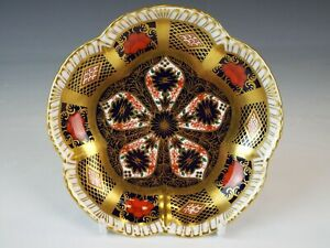 Royal Crown Derby Plum flower shaped  Imari Pin Dish