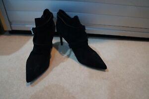 Saint Laurent black suede ankle boots sz 39/UK 6