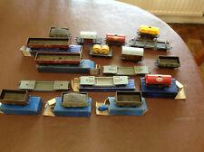 Job lot of 17 Hornby Dublo 3 rail wagons