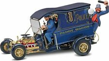 Revell Monogram 1/24 Paddy Wagon with Figures
