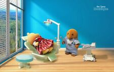 Sylvanian Families Calico Critters Spencer Clearwater Dentist Set