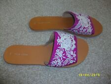 Ladies Cerise Pink Flat Slip On Mules Size 8 from New Look
