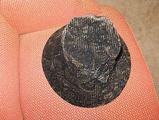 Velvet pattern hat