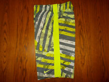 NIKE DRI-FIT GREEN & GRAY STRIPED ATHLETIC SHORTS BOYS LARGE EXCELLENT CONDITION
