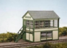 Wills SS48 Timber Signal Box Plastic Kit OO Gauge