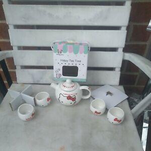 Hello Kitty Tea Time Set 4cups 1 teapot
