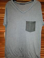 ENVAE BLACK AND GRAY STRIPED MENS T-SHIRT SIZE MED